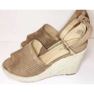 Torrid 9W Tan Espadrille Wedge Perforated Ankle